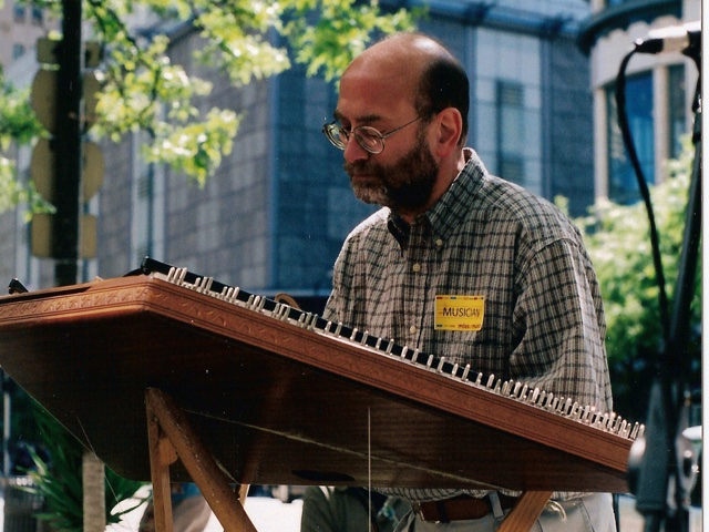 Phil Passen playing on the Magnificent Mile, Chicago